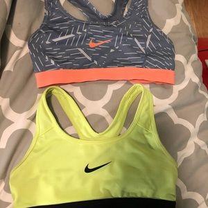 2 nike sports bras women's xs